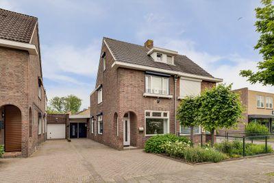 Ridder Hoenstraat 122, Hoensbroek