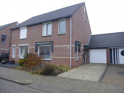 Aquamarijnhof 36, Heerlen