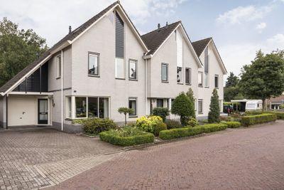 de Nieuwkamp 16, Hellendoorn