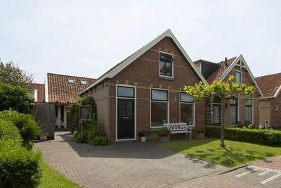 Verlengde Oostend 18, Witmarsum