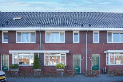 Veenendaalstraat 32, Tilburg