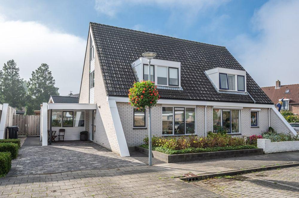 Koningin Julianastraat 59, Nieuwe-Tonge