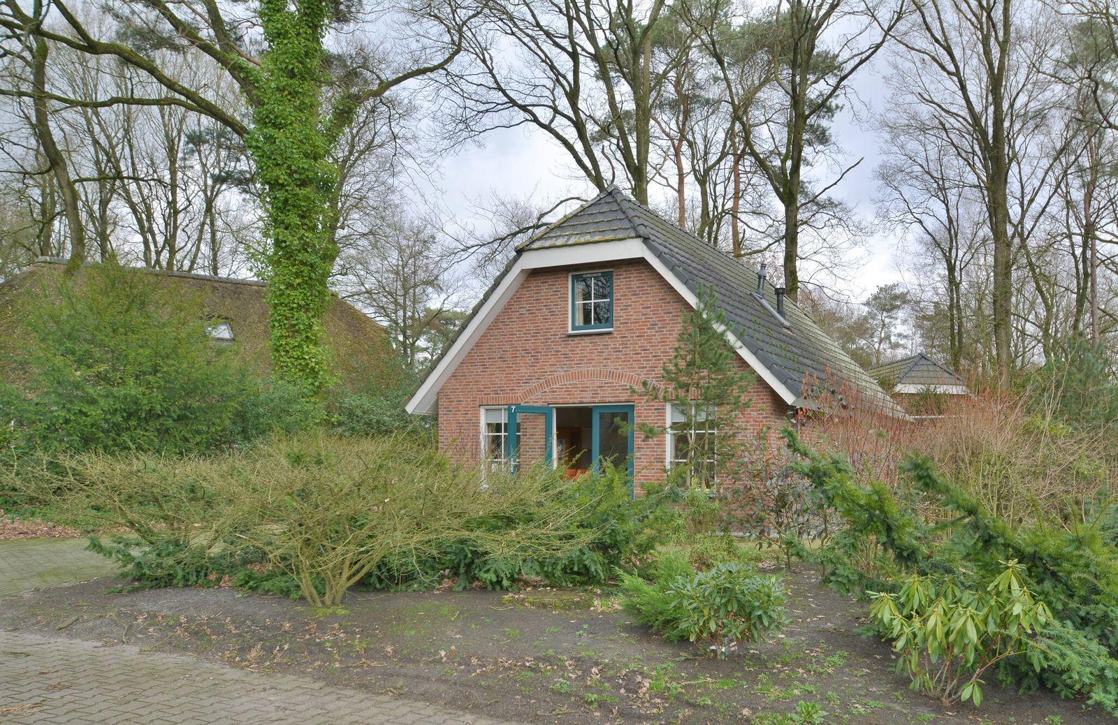 Hof van Halenweg 2-5, Hooghalen