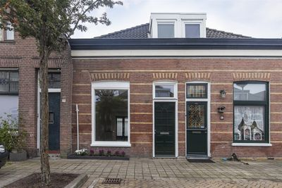 Eigenhaard 49, Dordrecht
