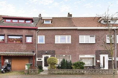 Pioenroosstraat 31, Eindhoven