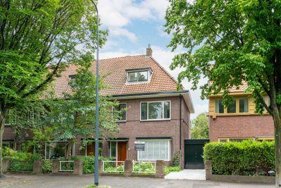 Koninginnelaan 67, Leiden