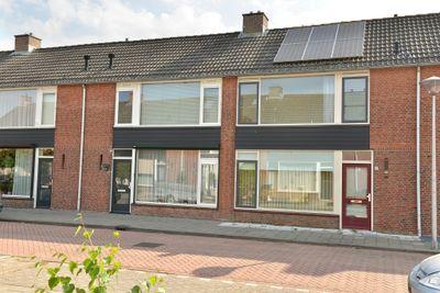 Van Polanenstraat 21, Steenbergen