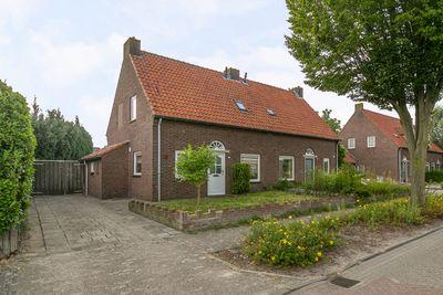 Dokter Boutkanstraat 32, Heeswijk-Dinther
