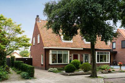Pastoor van Muijenweg 88, Heiloo