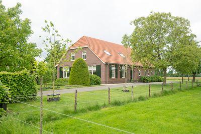 Nicolaasweg 9, Halle