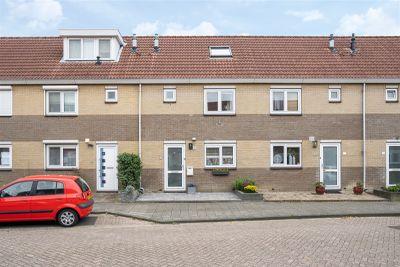 Dennenhof 14, Papendrecht