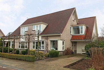 De Beugel 34, Steenwijk