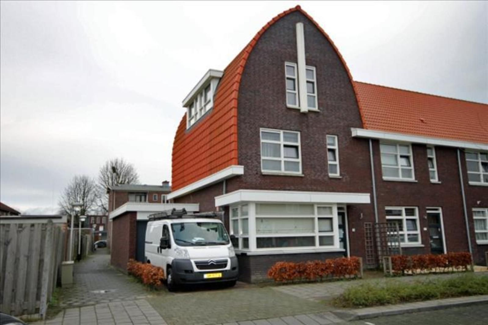 Televisiestraat 28, Roosendaal