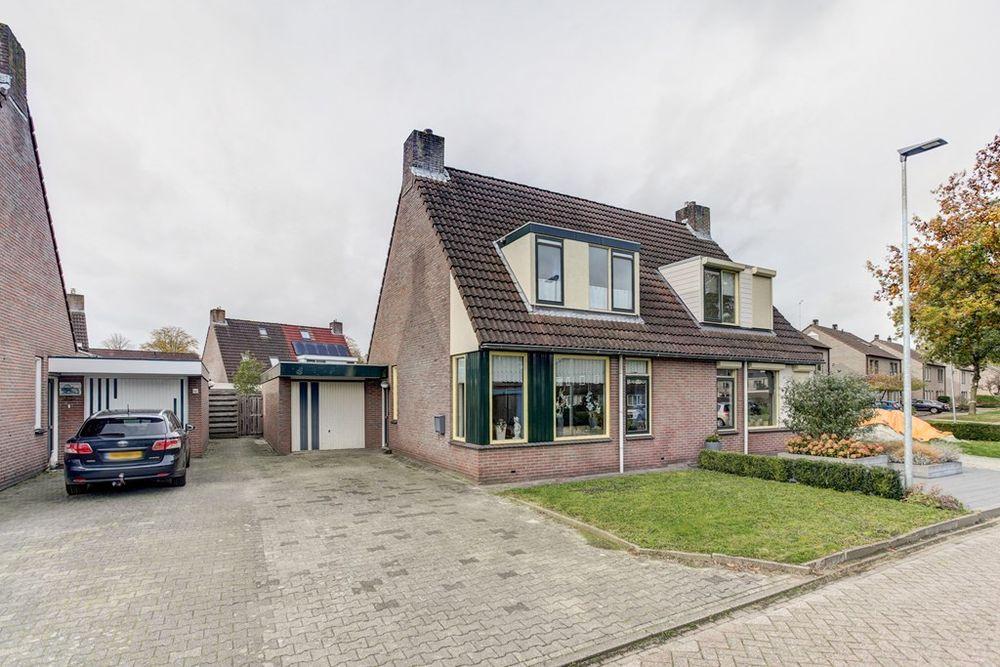 Grellimaat 4, Schoonebeek