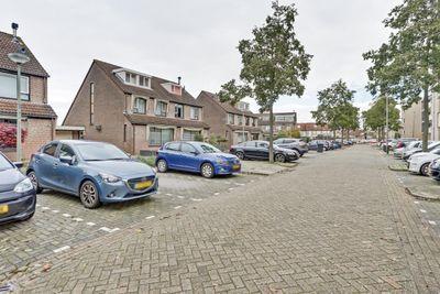 Hermanus M H Coenradistraat 36, Schiedam