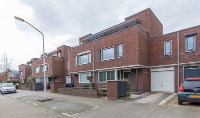 Biezenhaak 9, Papendrecht
