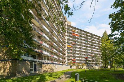 Schubertplein 138, Schiedam