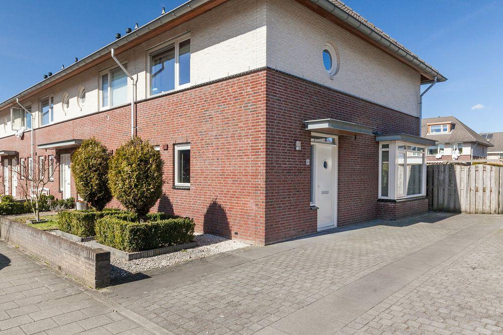 Bloemenstraat 32, Bemmel