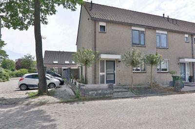 De Praam 18, Hoogeveen