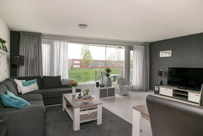 Reling 295, Barendrecht