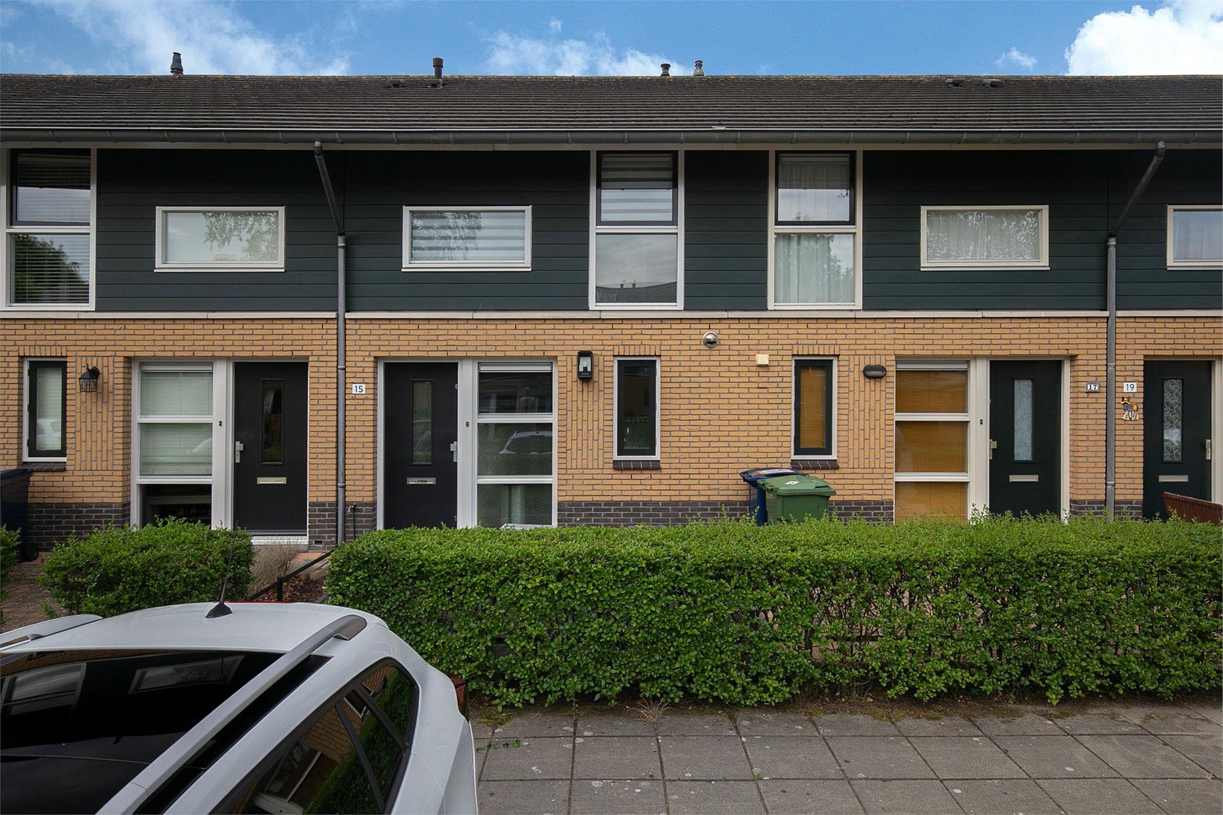 Februaristraat 15, Almere