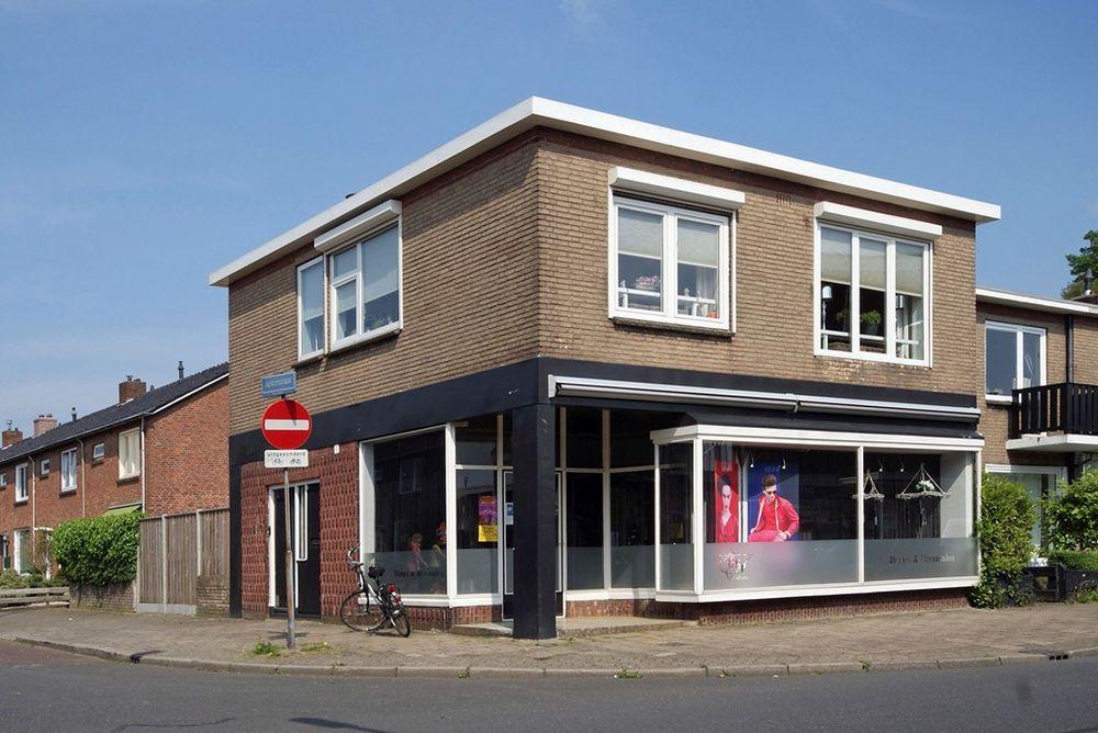 Castorweg 247, Hengelo