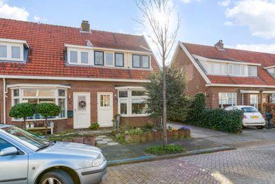 Schoutenbosch 38, Castricum