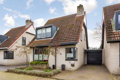 Mgr Nolensstraat 37, Hoogerheide