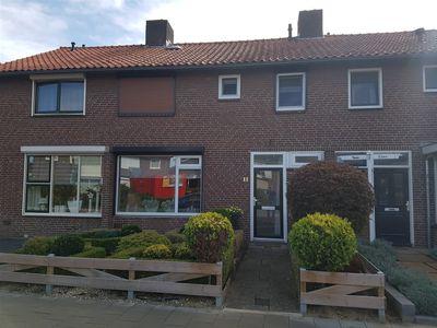 Burg Mr Verbeekstraat 11, Dinxperlo