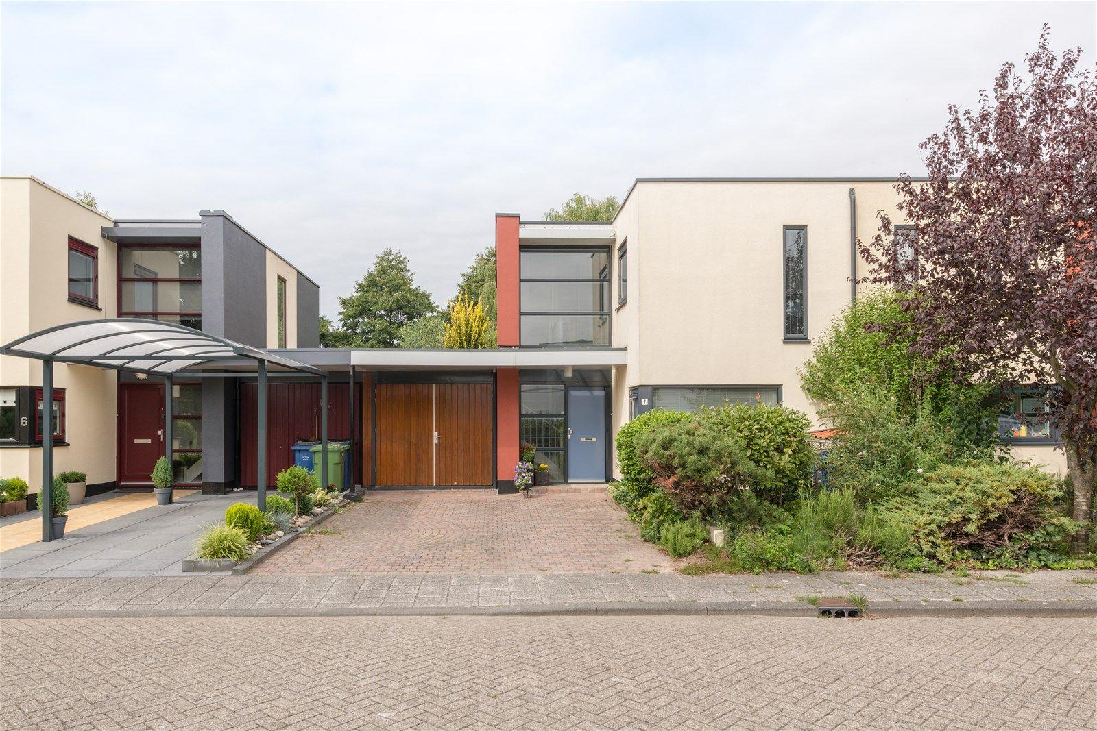 Stijn Streuvelshof 7, Almere