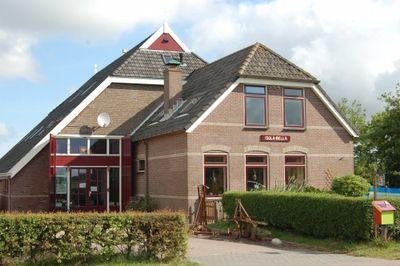 Rozendijk 16, Den Burg