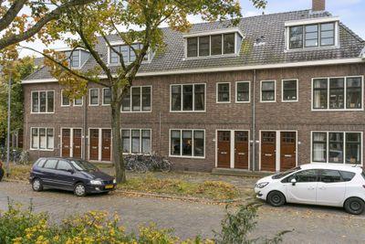 Koninginnelaan 82, Groningen