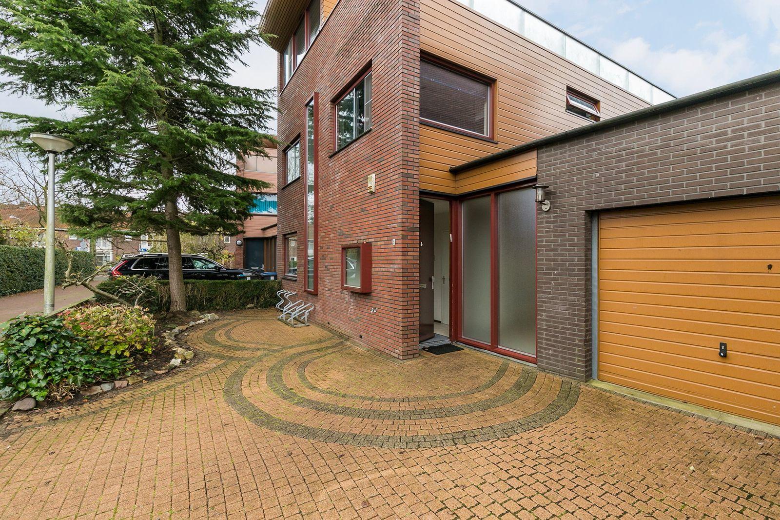 Lucebertlaan 6, Amstelveen