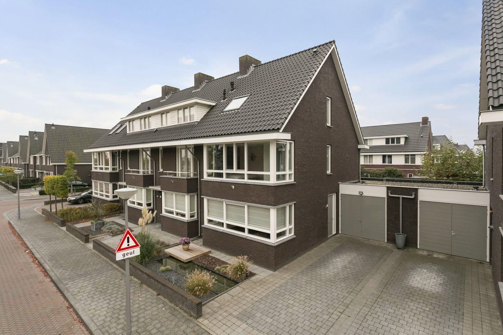Coupletweg 42, Rosmalen