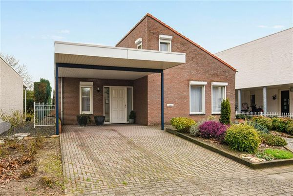 Heer Willemstraat 6, Horn