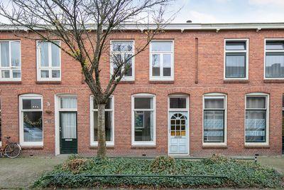 Willem Loréstraat 16, Leeuwarden