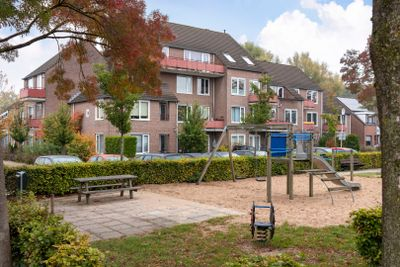Elzenbroek 70, Breda
