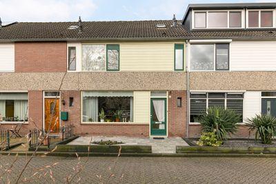 Piet Van Egmondstraat 4, Bunschoten-Spakenburg