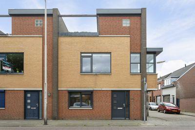 Dunantstraat 60, Roosendaal