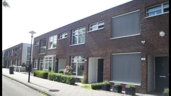 Zonnewende 335, Apeldoorn