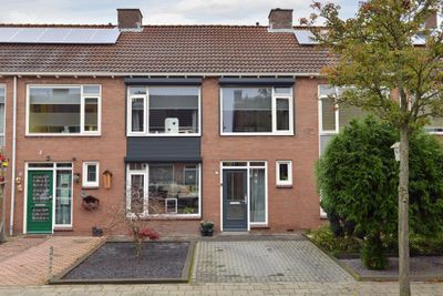 Sint Ontcommerstraat 33, Steenbergen