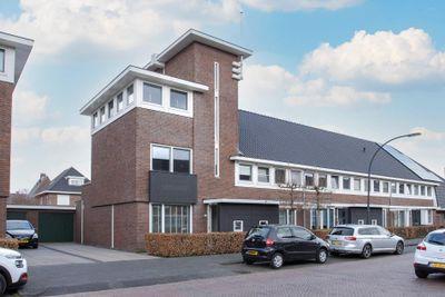 Varsseveldstraat 107, Tilburg