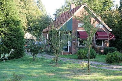 Weenderstraat 100, Vlagtwedde