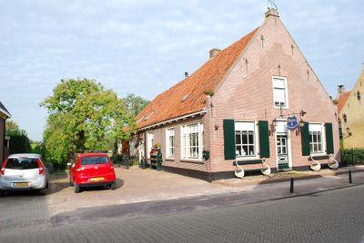 Dorpsstraat 62/64, Bunschoten-Spakenburg