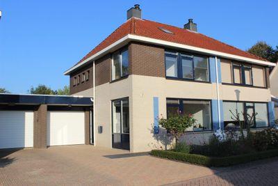 Joop Den Uyllaan 21, Veendam