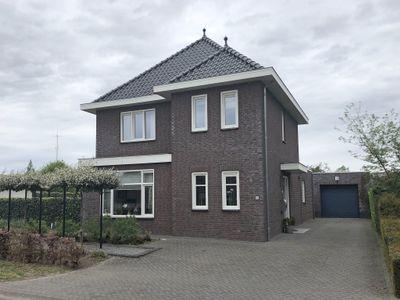 Pastoorsveld 44, Horst