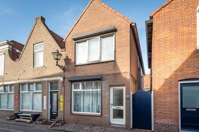 Oranjestraat 11, Sommelsdijk