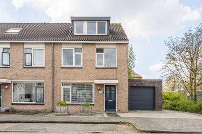 Leuskenhei 2, Veldhoven