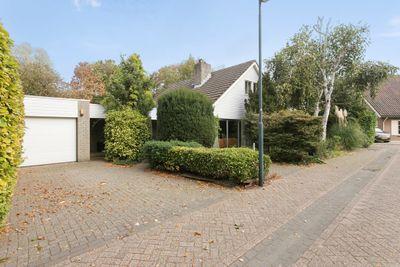 Tazelaar 5, Oosterhout