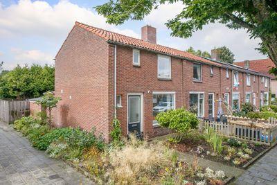 H.J. Topstraat 52, Veendam